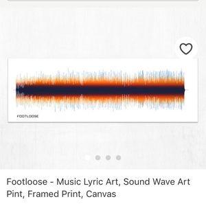 NWT Footloose song sound wave print art dorm